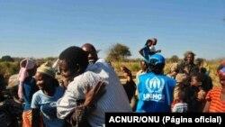Refugiados angolanos visitam seu país de origem