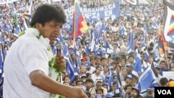 El presidente de Bolivia, Evo Morales y de Perú, Alan García, buscan restablecer sus relaciones diplomáticas.