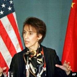 克林顿总统第二任期内的贸易代表巴尔舍夫斯基大使