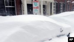 新英格蘭積雪。