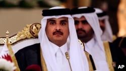 Emir ຂອງປະເທດກາຕາ Sheikh Tamim bin Hamad Al-Thani ເຂົາຮ່ວມກອງປະຊຸມສຸດຍອດ ປະເທດອາຣັບ ໃນອ່າວເປີເຊຍ ທີ່ Doha, Qatar.