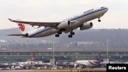 에어 차이나 에어 버스 A330-200 항공기가 스위스 취리히 공항에서 이륙하고 있다. (자료사진)