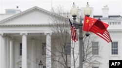 Presidenti kinez Hu viziton SHBA, përpjekje për emërues të përbashkët