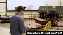 Priwan Nanongkhan directs Thai ensemble at Kent State University, OH.