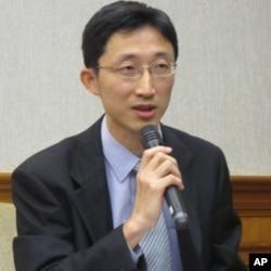 台湾法务部国际及两岸法律司检察官范振中