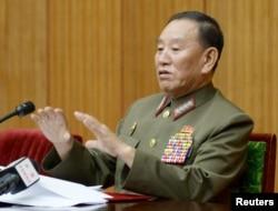 지난해 8월 북한의 김영철 당시 정찰총국장이 평양 주재 외교관과 외신기자 등을 대상으로 한반도에 조성된 위험한 정세에 관해 긴급 기자회견을 했다고 조선중앙통신이 전했다.