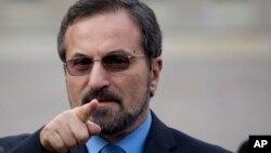 Представник Сирійської національної коаліції на переговорах у Женеві Луай Сафі