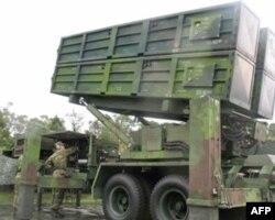 天弓一型导弹机动发射架(资料照片)