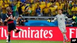 Julio César quedó pidiendo explicaciones tras los siete goles de Alemania.