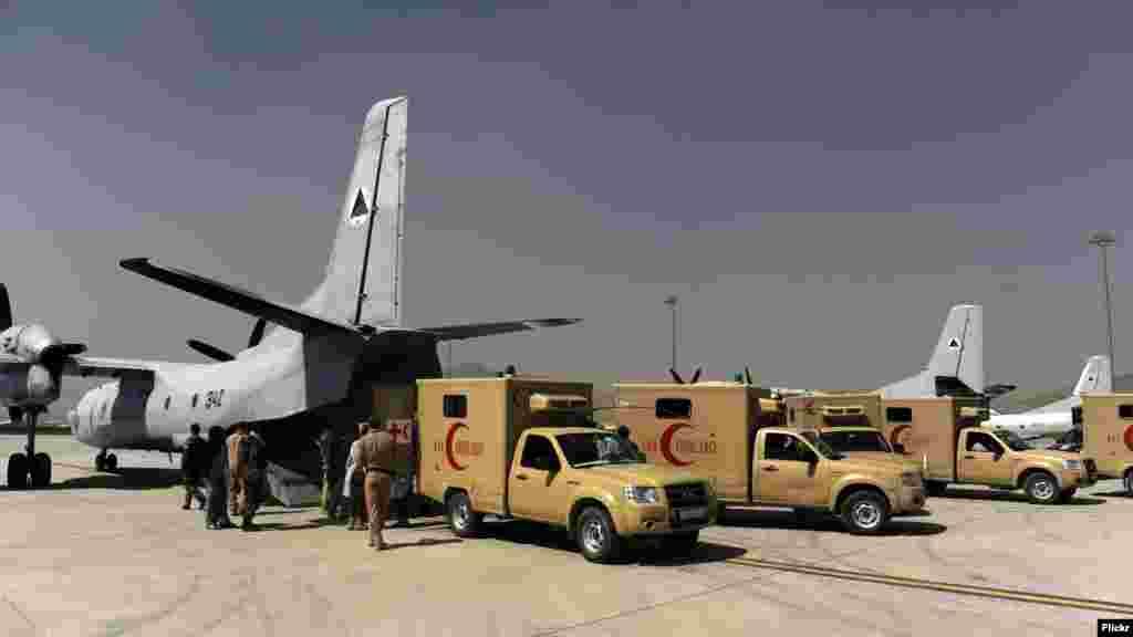 افغان امنیتي ځواکونه دا مهال په ګڼو عملیاتونو کې د سرتیرو د تجهیز دنده پر مخ بیایي او د جګړې له میدان څخه زخمیان لیږدولو کې برخه اخلي.