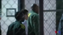 Le tireur de Floride inculpé de 17 meurtres avec préméditation (vidéo)