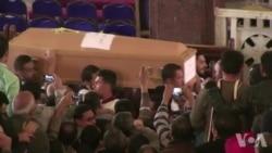 Funérailles des victimes de attentats en Egypte (vidéo)