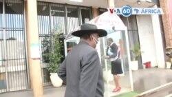 Manchetes africanas 2 setembro: Iniciou julgamento do ex vice do Zimbabwe por corrupção
