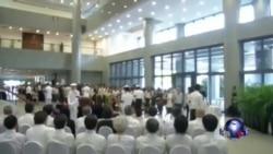 新加坡民众排长队瞻仰李光耀灵柩