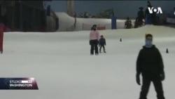 UAE: Skijaško takmičenje na temperaturi od preko 40 stepeni Celzijusa