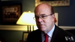 US Representative Jim McGovern speaking to VOA Mandarin reporter Peggy Chang on his 2015 trip to Tibet