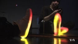 LED Smart Shoes Turn Feet into Glowing Displays