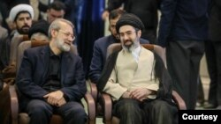 علی لاریجانی در کنار مجتبی خامنهای - آرشیو