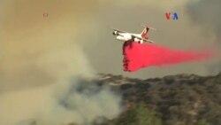 Miles de evacuados por incendio en California