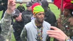 Pro-Marijuana Activists Stage 'Smoke In' at US Capitol