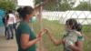 Enfermera venezolana ayuda a desplazados en Arauquita