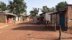 La distribution d'électricité dans le camp des réfugiés centrafricains au Tchad (vidéo)