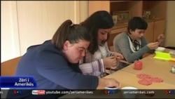 """Tiranë: Fëmijët me aftësi të kufizuara dhe projekti i """"Save the Children"""""""