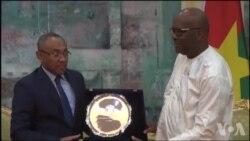 Visite du président de la CAF au Burkina Faso (vidéo)