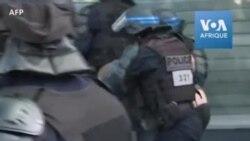 """""""Gilets jaunes"""" à Paris: images d'un homme blessé interpellé"""