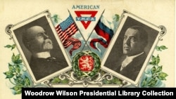 Foto Presiden AS Woodrow Wilson (kanan) di kartu pos pada 1920 dengan foto Tomas G. Masaryk, Presiden Ceko yang pertama.