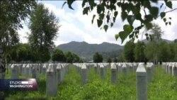U Potočarima će biti ukopani posmrtni ostaci 35 žrtava. Konačni smiraj pronaći će i bračni Nijazija i Remzija Dudić.