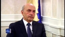Intervistë me kryeministrin Isa Mustafa