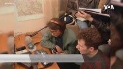 业余无线电电台爱好者在疫情封锁中交朋友