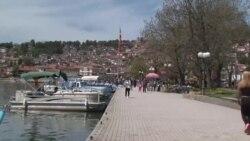 Српските туристи ќе добијат попусти и поволности во Охрид, но ќе мора да платат патарини