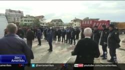 Unaza e Re, përplasje mes policisë dhe banorëve