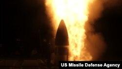 美軍艦夏威夷成功試射攔截洲際彈道導彈