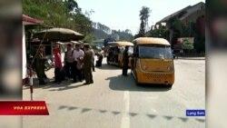 Du khách TQ được phép tự lái xe vào biên giới Việt Nam