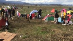 Thousands of Refugees Held at Greece-Macedonia Border