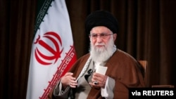 İranın Ali dini rəhbəri Ayətulla Xameneyi Tehranda çıxış edir, 22 mart, 2020.