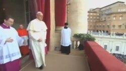 آماده سازی محل اجرای نیایش پاپ فرانسیس در واشنگتن