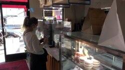 Regarding Her, Paguyuban Perempuan Pengusaha Restoran Los Angeles