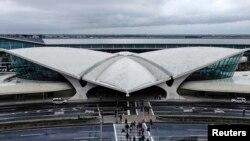 Un terminal de l'aéroport JFK de New-York, le premier à instaurer un contrôle obligatoire des passagers en provenance du Libéria, de la Guinée et du Sierra Leone