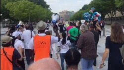 "Manifestantes protestan fin del programa que protege a ""soñadores"""