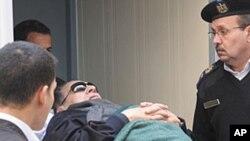 مصر: حسنی مبارک کو سزائے موت دینے کا مطالبہ