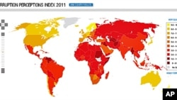 """國際透明組織""""2011世界各國腐敗印象指數報告""""截圖。地圖上純黃色的國家最清廉,深紅色的國家最不清廉。"""