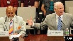 Elsi Hejstings i senator Ben Kardin u Helsinškoj komisiji Kongresa