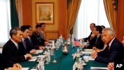 美国和韩国的国防部长在东盟会议期间举行双边会谈。