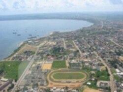 Helicoptero despenha-se ao largo de Cabinda - 2:10