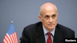 2008年10月29日,美国前国土安全部长迈克尔·切尔托夫
