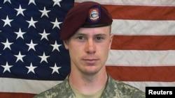 Trung sĩ Mỹ Bowe Bergdahl.